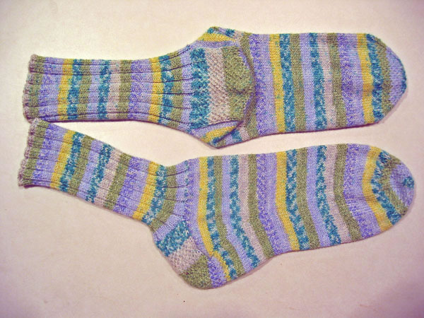 http://www.persistentillusion.com/blogblog/fo/striped-socks-for-1-son