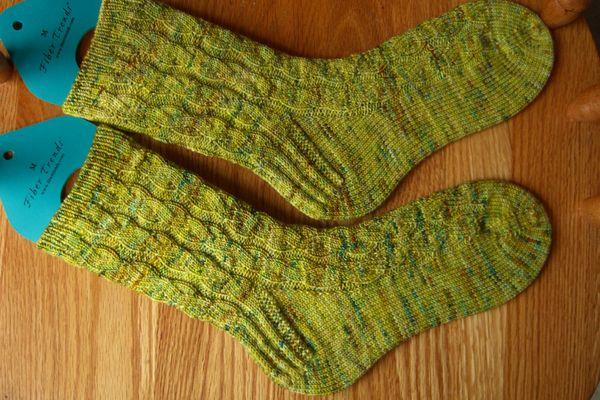 http://www.persistentillusion.com/blogblog/fo/snake-river-socks