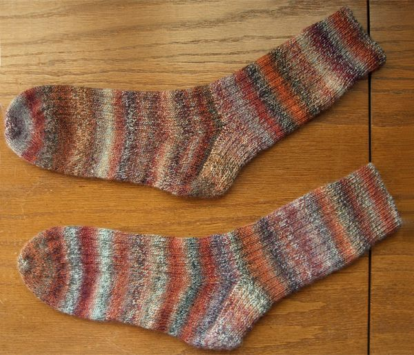 http://www.persistentillusion.com/blogblog/fo/trekking-socks