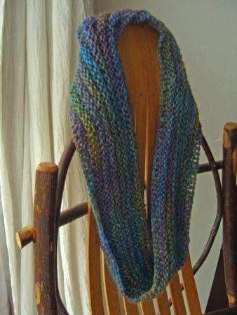 http://www.persistentillusion.com/blogblog/fo/twice-knit-moebius