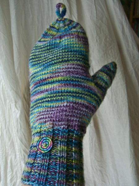http://www.persistentillusion.com/blogblog/fo/broad-street-mittens