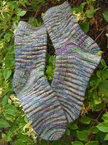Spanish Lavender Basket Wave Socks