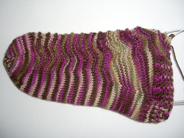 side view of wavy sock